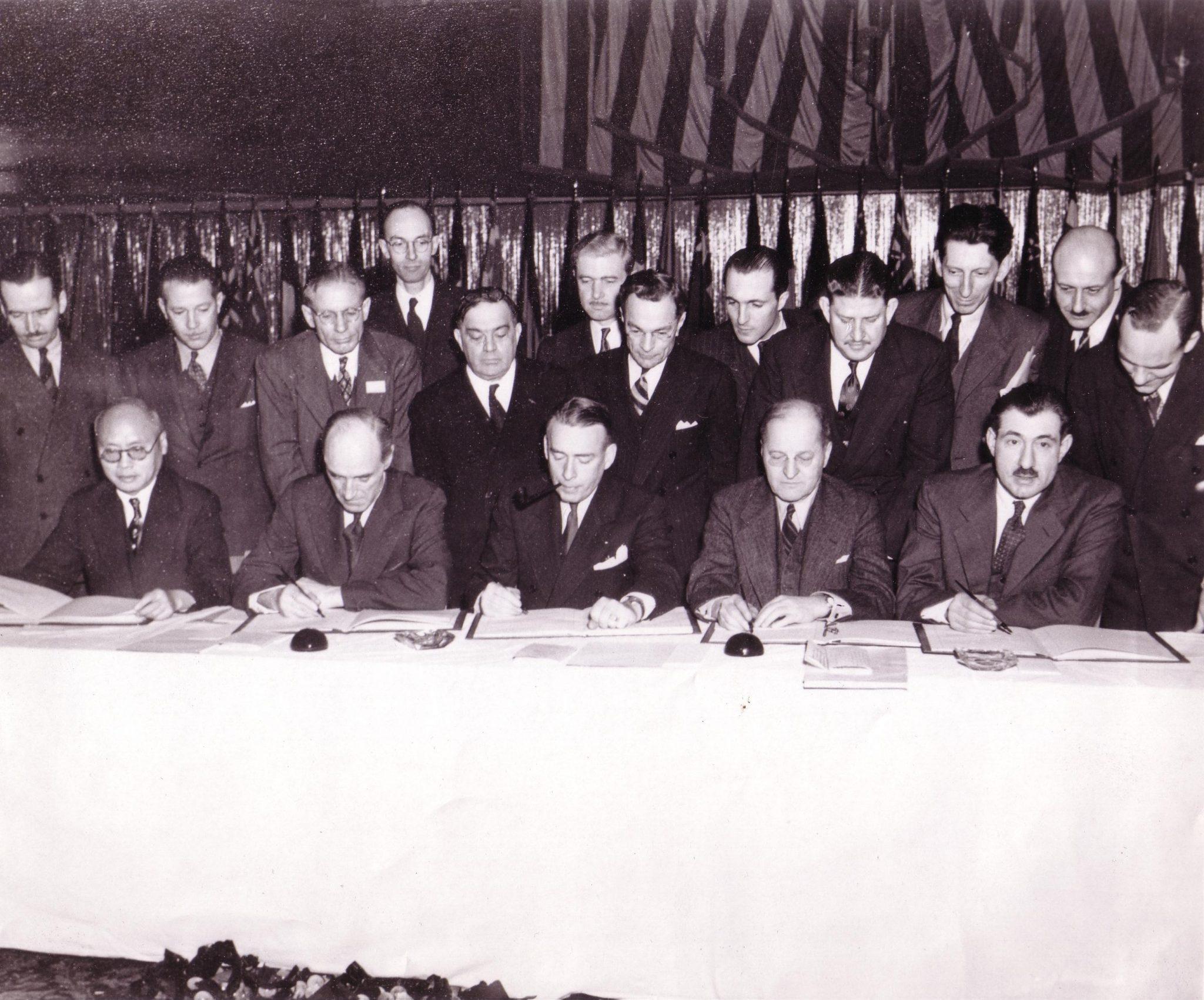Firma Convenio Aviación Civil Internacional. Chicago 1944.