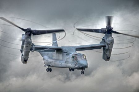 «V22-Osprey» de Peter Gronemann - Flickr: V22-Osprey. Disponible bajo la licencia CC BY 2.0 vía Wikimedia Commons - https://commons.wikimedia.org/wiki/File:V22-Osprey.jpg#/media/File:V22-Osprey.jpg